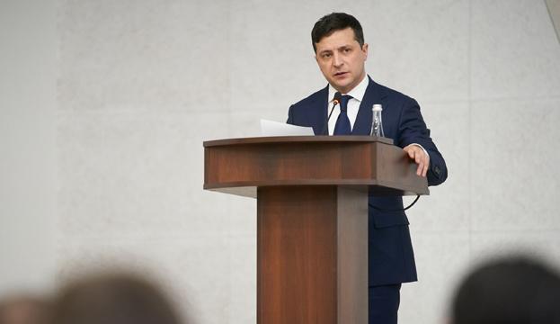 За груз с медсредствами отвечают председатели ОГА и мэры - Зеленский