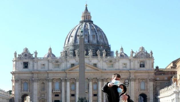 Украинские телеканалы будут транслировать пасхальные богослужения из Ватикана