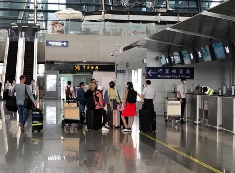 Спецрейсом из Китая еще 75 украинцев вернутся домой