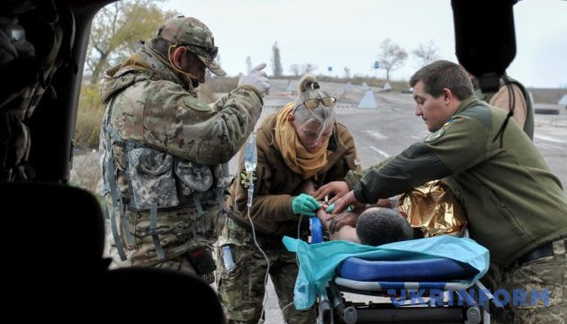 В военных госпиталях возобновляют плановые операции