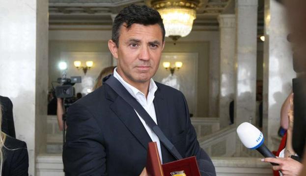 Депутат Тищенко заявил о готовности кормить киевских врачей до конца карантина