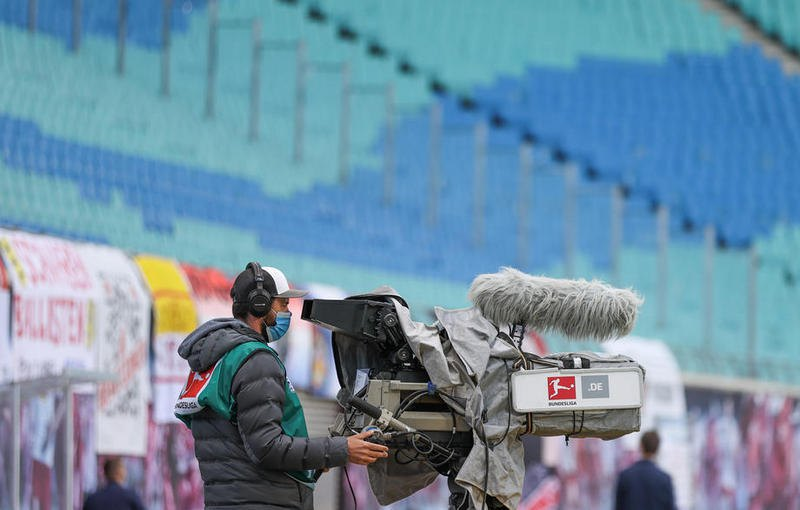 Бундеслига возобновила матчи после карантина (фото)