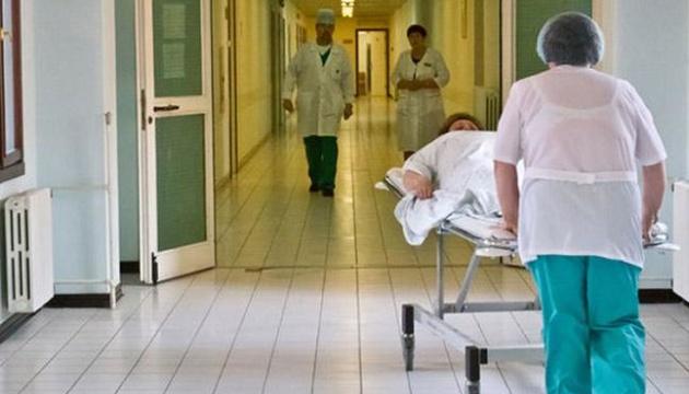 Медреформа: Шмыгаль обещает не закрывать больницы