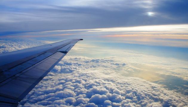 У Криклия напоминают - международные авиарейсы без решения Кабмина невозможны