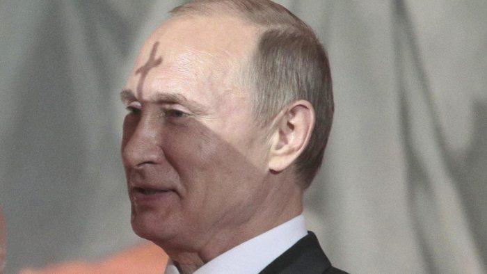 Путина сметут свои.