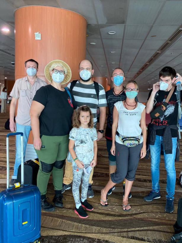 Итальянским самолетом из Мьянмы возвращаются 14 украинцев