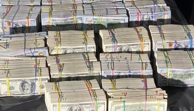 Стало известно, кто предлагал руководству НАБУ и САП взятку в $6 миллионов