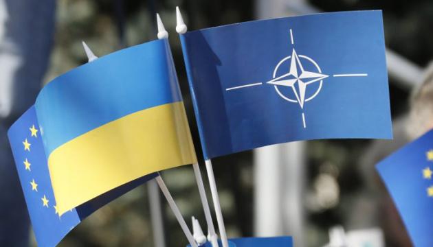 Украина нуждается в ракетах от НАТО из-за угроз со стороны России - эксперт