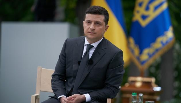 Зеленский ответил на петицию о домашнем насилии