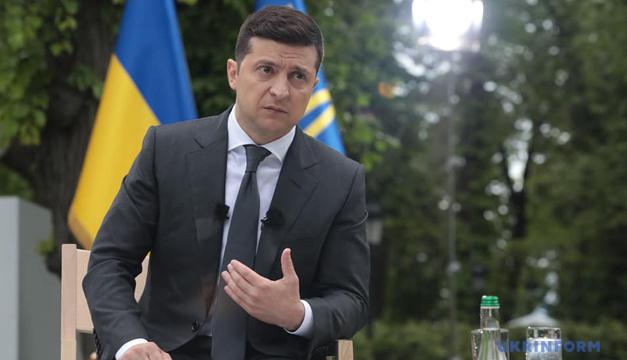 """С 1 сентября вырастут зарплаты медиков, для которых """"не сработала медреформа"""" - Зеленский"""