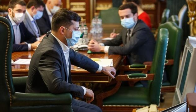 Зеленский: Украине удалось неплохо пройти первую волну пандемии