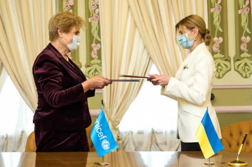 Зеленская и ЮНИСЕФ подписали меморандум относительно защиты прав детей