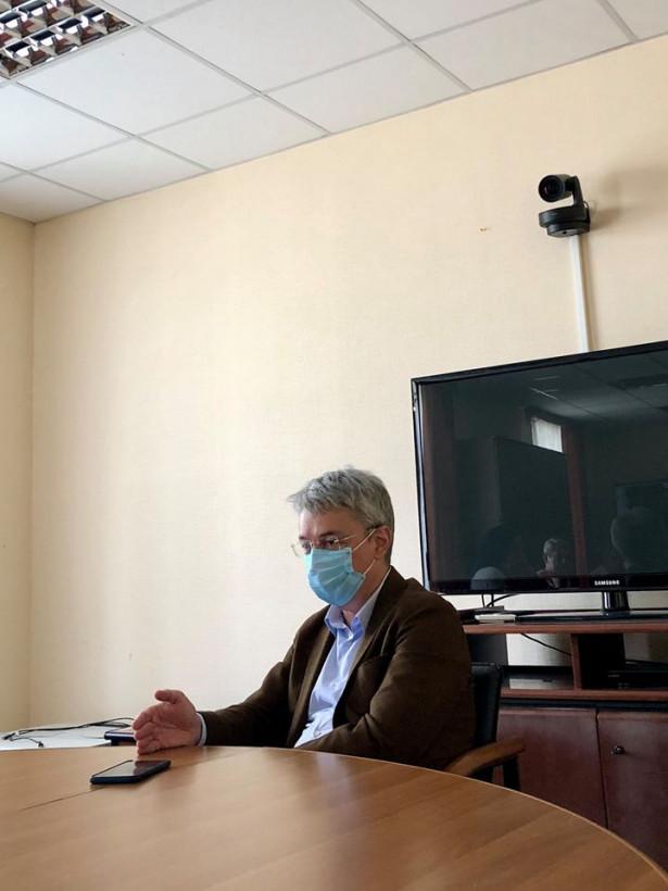 Ткаченко призывает киноделов к дискуссии о новых правилах питчингов