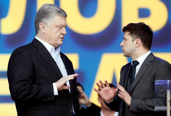 Зеленский начинает копировать Порошенко.