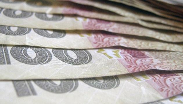 На страховые выплаты семьям умерших от COVID-19 медиков выделили 233 миллиона