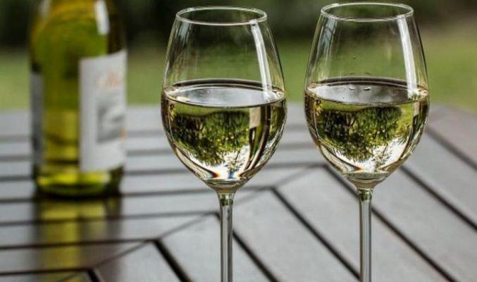 Алкоголь защищает от болезней.