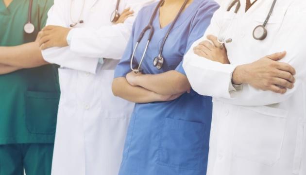 Страхование медиков из-за COVID-19: комитет ВР одобрил выделение денег