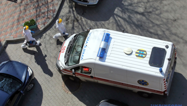 COVID-19 за сутки заболели более 50 медиков - Степанов