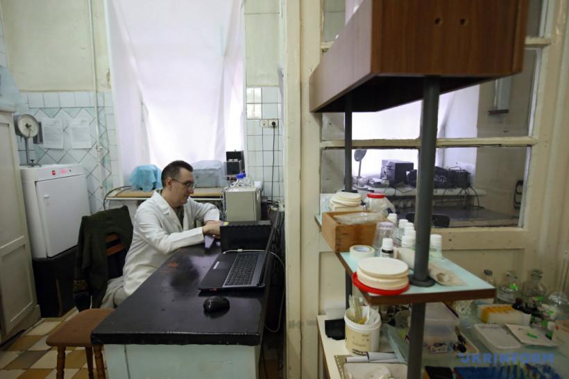 Украинская вакцина против COVID-19: вопрос времени и денег