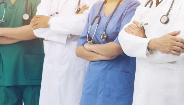 В Украине около 50 тысяч врачей пенсионного возраста - Степанов