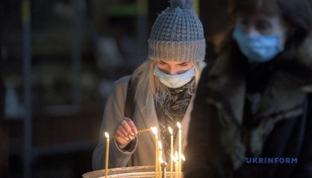 """Совет церквей советует Минздраву """"переключиться"""" на транспорт и развлекательные заведения"""