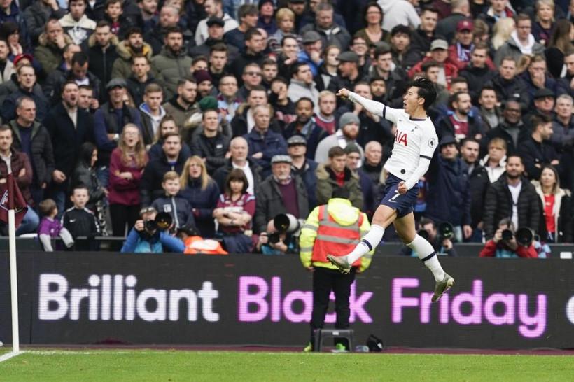 Англійська Прем'єр-ліга визначила кращий гол сезону (видео)