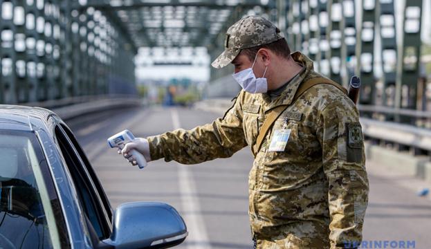 МКИП подготовил изменения, смягчающие ограничения на въезд для иностранцев