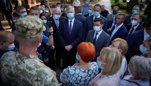 Президент встретился с ветеранами АТО/ООС и матерями погибших и пропавших без вести