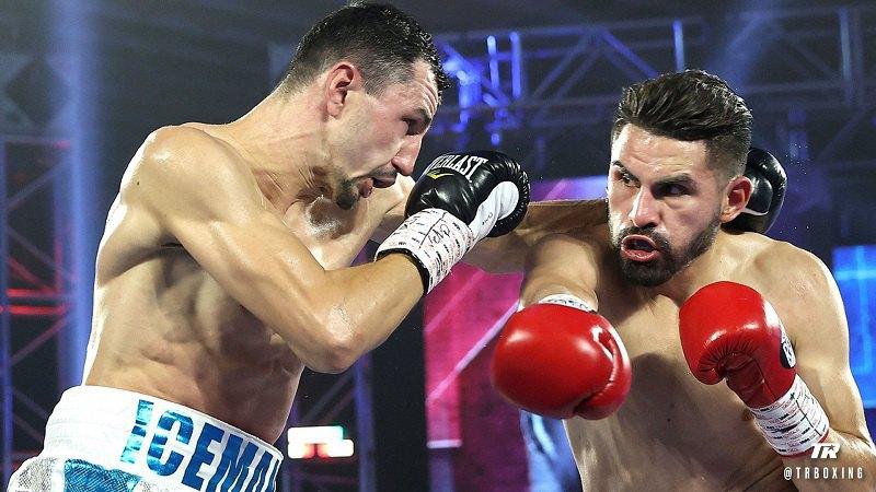Український боксер Постол програв бій за звання чемпіона світу за версіями WBO та WBC (фото)