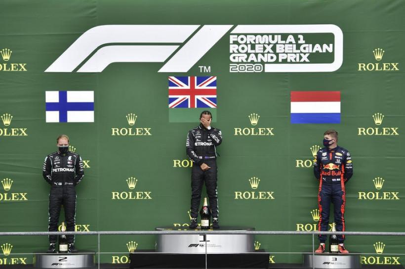 """У Mercedes 50-й дубль у Формулі-1 з моменту """"гібридної ери"""", у решти команд - тільки 4 на всіх (видео)"""