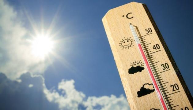В Чернигове зафиксирован температурный рекорд последнего дня лета +31,7°