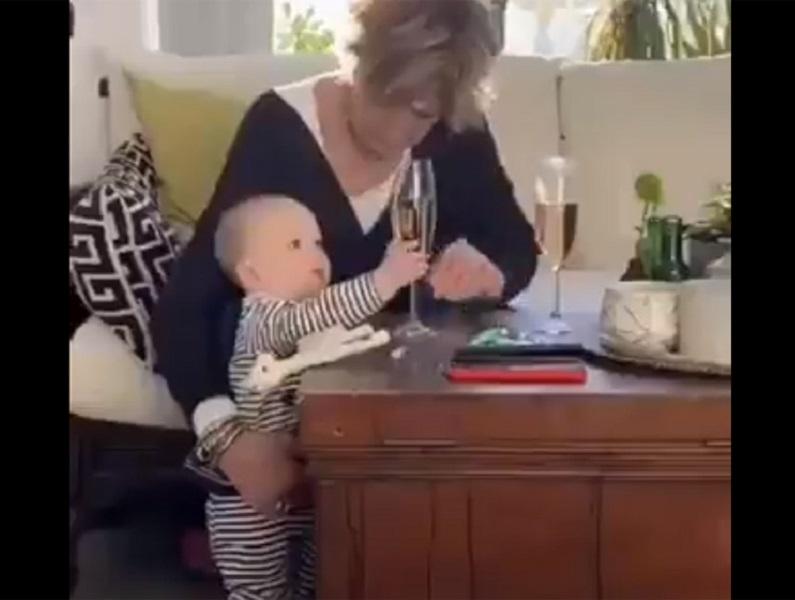 Бабушка года.