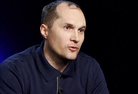 Юрий Бутусов.