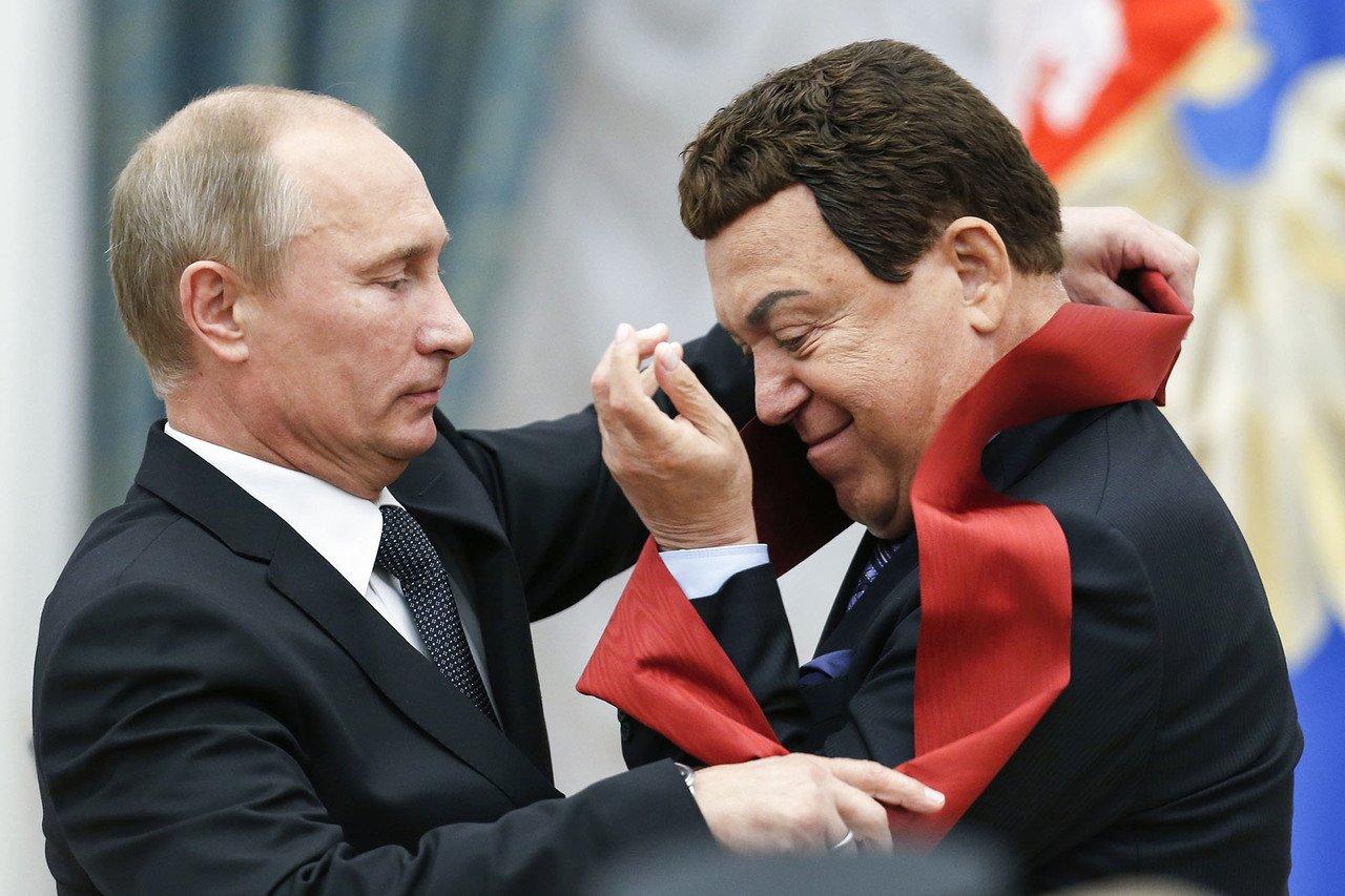Иосиф Кобзон - любимчик Путина.