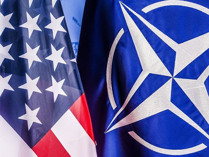 Флаг НАТО и США