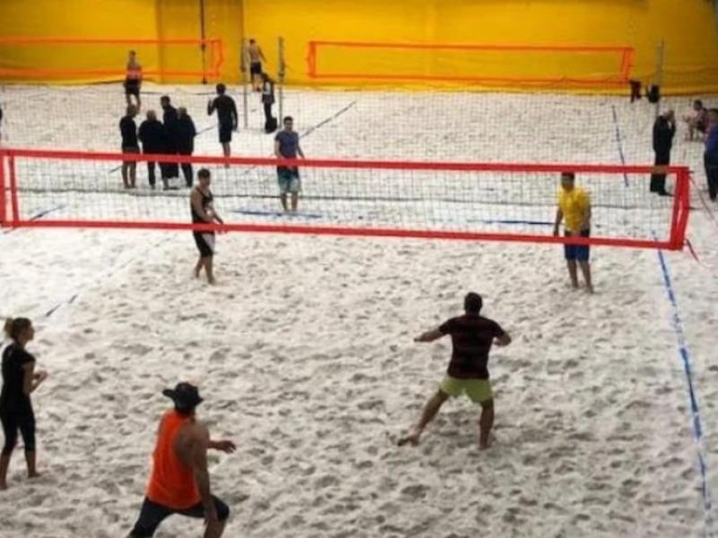 Первая в Украине крытая волейбольная арена в Киеве