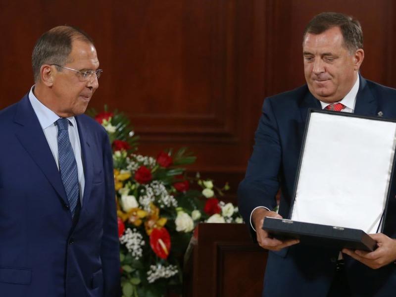 Лавров и Додик