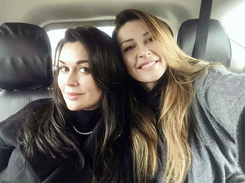 Анастасия Заворотнюк с дочерью Анной