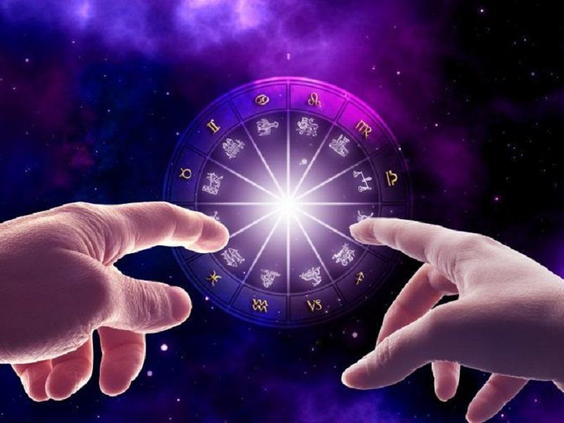 Кого из Зодиаков ждет успех в 2021 году, а кто будет под давлением обстоятельств.
