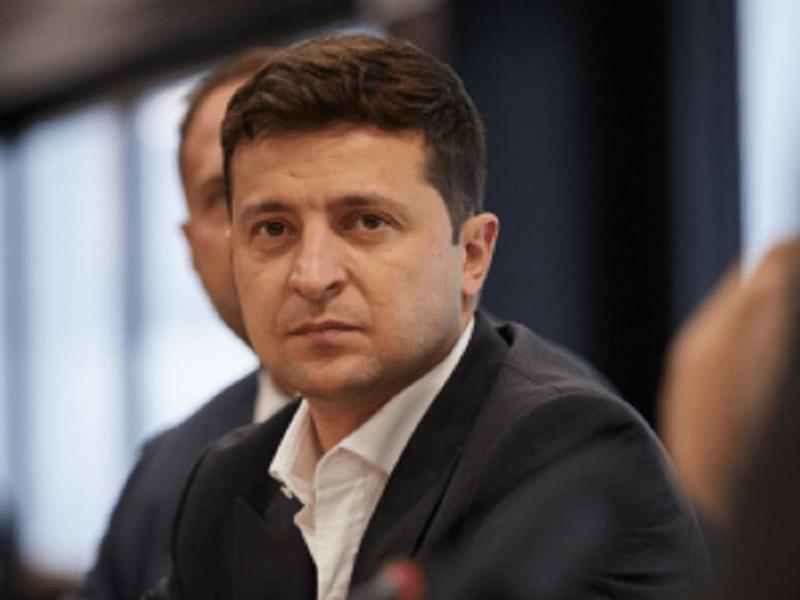 Владимир Зеленский теряет рейтинг.
