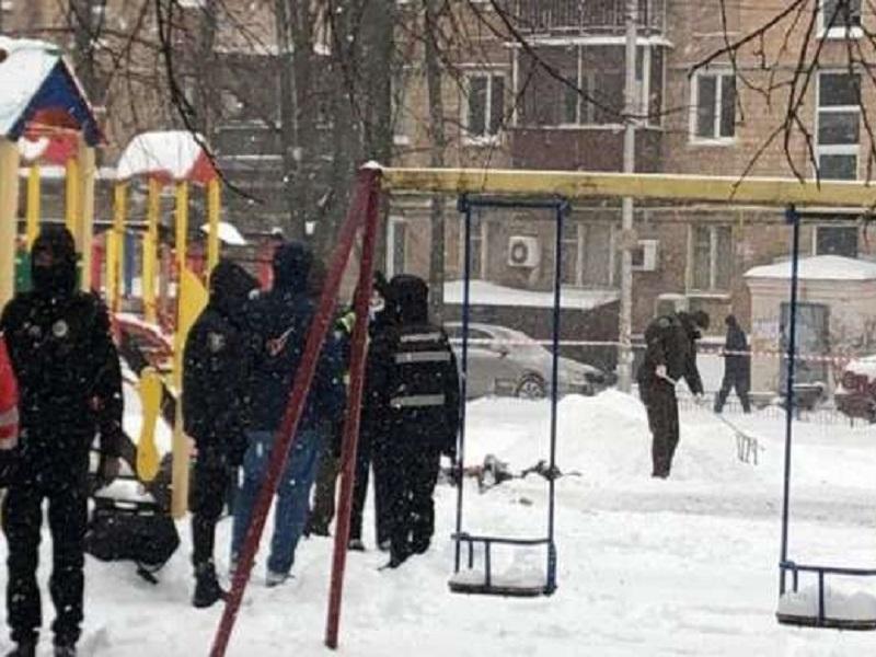 Взрыв на детской площадке в Киеве.