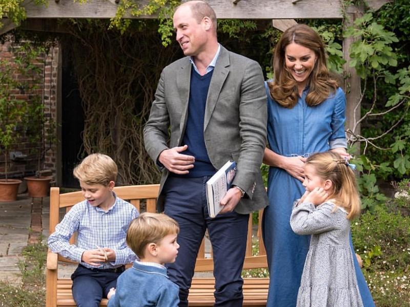 Герцоги Кембриджские с детьми