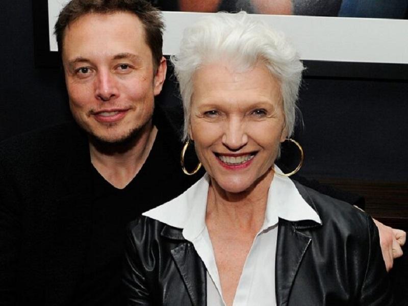 Илон Маск с мамой Мей.