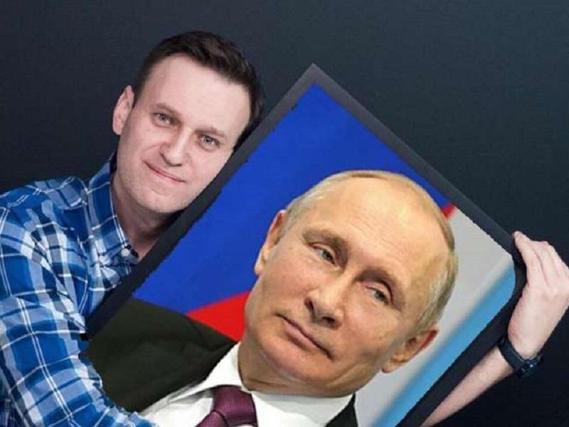 Имперец Навальный с имперцем Путиным.
