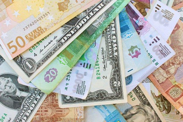 Курсы валют на 31 марта 2021.
