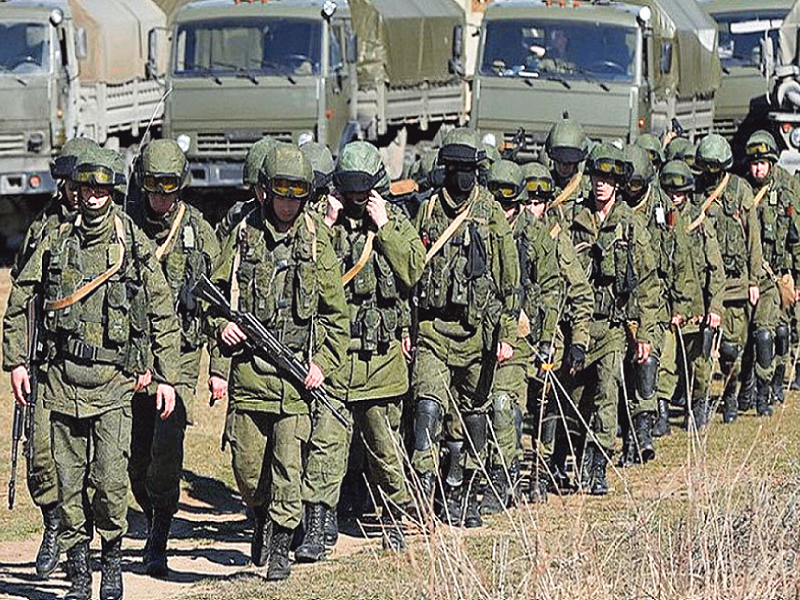 Россия под прикрытием «учений» перебросила в ОРДЛО порядка 4 500 своих военных.