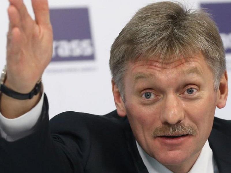 Песков попросил не беспокоиться по поводу стягивания российских войск к границам Украины.