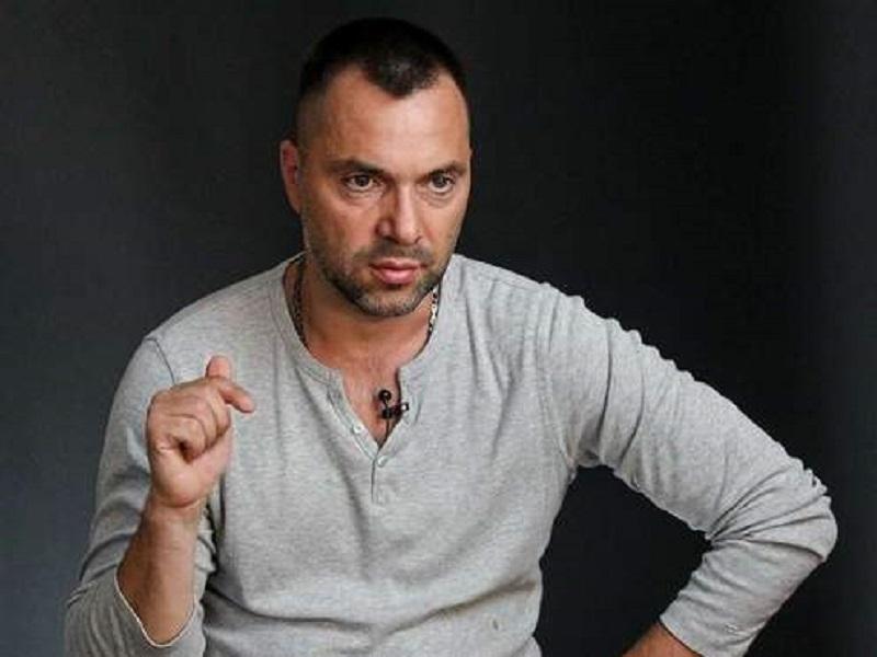 Арестович заявил о своих президентских амбициях.