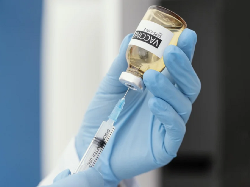 Кабмин утвердил план вакцинации украинцев до конца 2021 года.