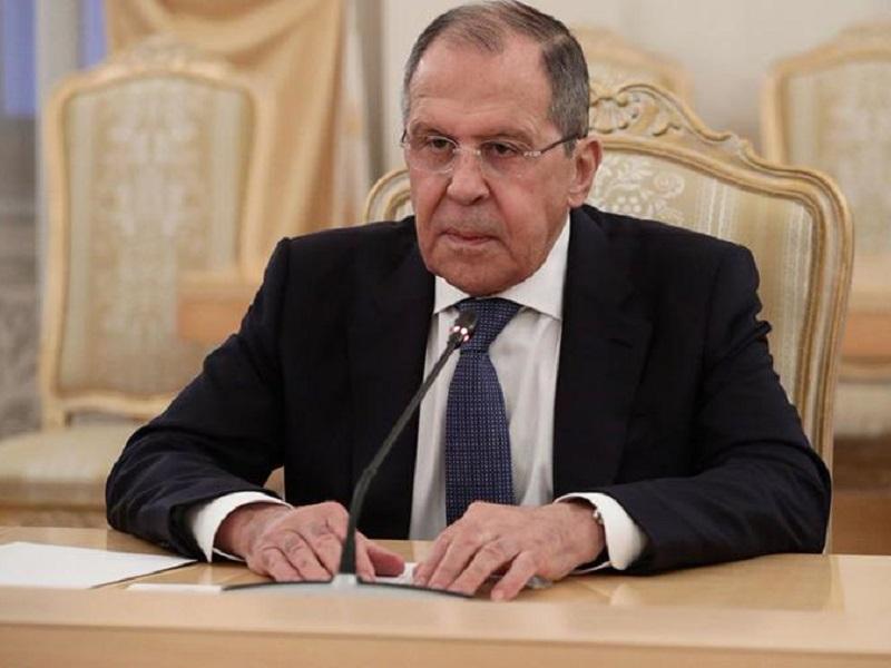 Лавров заявил о неготовности Зеленского к урегулированию конфликта на Донбассе.